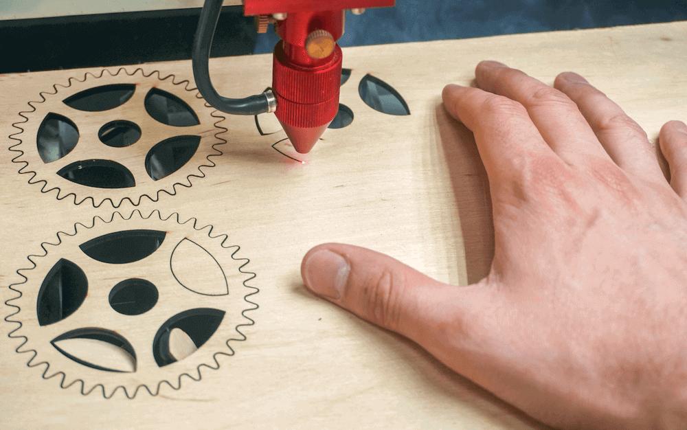 Как открыть свою мастерскую по лазерной резке фанеры